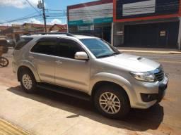 Hilux sw4 ano 2013 , 5 lugares diesel AUT RIBEIRÃO PRETO SP