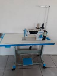 Máquina costura industrial