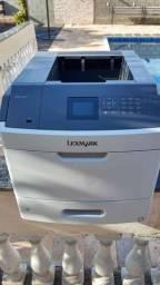 Impressora laser Lexmark monocromática MS810dn