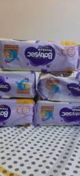 Vendo 5 picote de fralda baby sec, cada pacote contém 26 fraltas