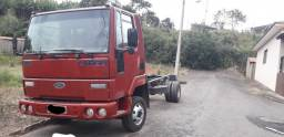 Ford cargo 815 Ano 2001