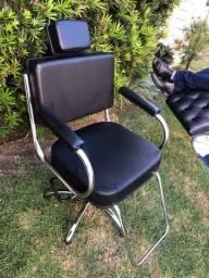 Cadeira Desktop Fixa (hidráulica)