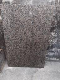 Vendo uma pedra de mesa de granito