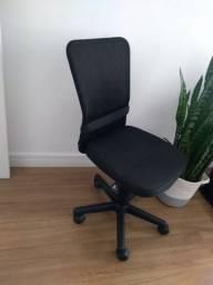 Cadeira De Escritório Multilaser High Back Giratória - GA199