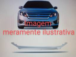 Friso Cromado Grade Frontal Ford Fusion Detalhe