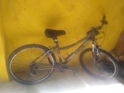 Bicicleta feminina aro 26 usada(R$ 970,00
