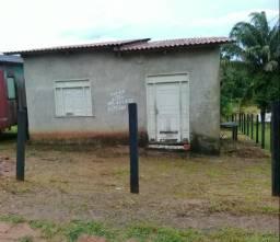 Vendo outro casa em Rio Branco por casa em Feijó, ou troco por carro ou moto.