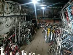 Bicicletas Antigas e Peças usadas