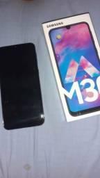 Vendo M30 64g com 2 dias de uso,cor preto! Não aceito troco é não aceito cartão!