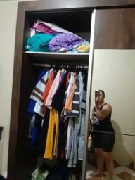 Guarda roupa, semi novo