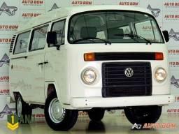 Volkswagen Kombi 9 lugares Oportunidade! Carro Impecável! Confira: - 2014