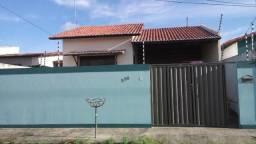 Casa em Nova Esperança/Parnamirim, 2 quartos, toda gradeada