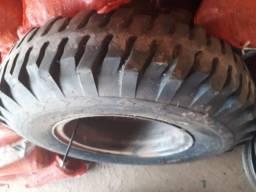 4 rodas e 1 pneu