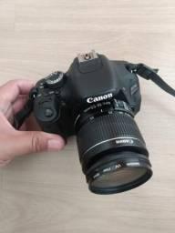 Câmera fotográfica Canon EOS 600D