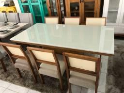 Mesa TRIALL seis cadeiras de madeira maciça e telinha