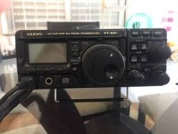 Rádio amador yaesu modelo FT-897