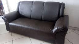 Sofa novo 3 lugares