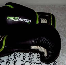 Luva de Boxe/Muay Thai Pro Action Muay Thai Boxe