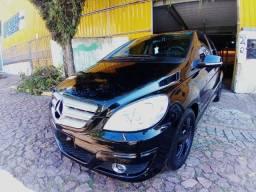 Mercedes-Benz B180 2010