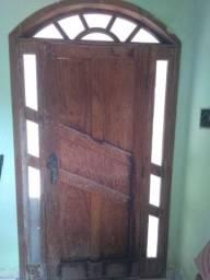 1 Porta e 2 janelas de madeira com arco