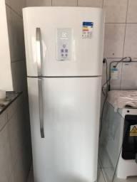 Geladeira electrolux frost free de 433 litros