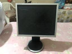 Monitor Samsung  syncMaster 740 - Usado
