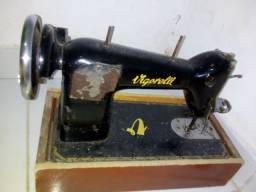 Vendo máquina de costurar!!