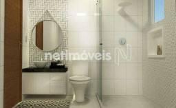 Apartamento à venda com 3 dormitórios cod:877373