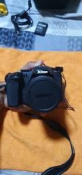 Nikon Coolpix B700 + Bateira Extra + Bolsa + Memória + Lente<br><br>