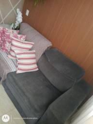Sofá semi novo !
