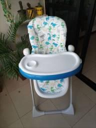 Cadeira de Alimentação marca INFANTI