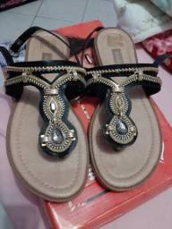 Vendo sandalia dakota nova