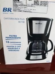 Cafeteira Elétrica Britânia BCF18I Inox Plus