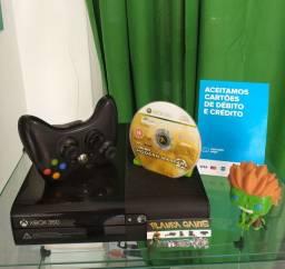 VENDO XBOX 360 SUPER SLIM TRAVADO 4GB+ JOGO ORIGINAL+ 3 MESES DE GARANTIA