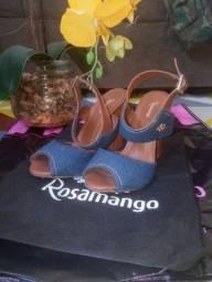 Sandália rosamango.