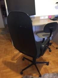 Título do anúncio: 3 Cadeiras para escritório (Direitor e aproximação)