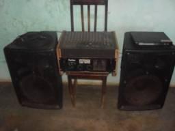 Mesa de som CMR 12 canais + Turbo wattsom db 1800 + Duas caixas