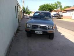 Toyota Hilux 2.8 SR5 2001 - 2001