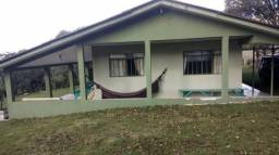 Chácara de lazer, 6050m² na Bocaina, com casa alvenaria. R$ 270.000,00