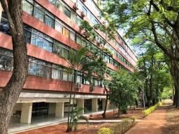 Apartamento 151 m², 3 Quartos sendo 1 suíte SQS 214 com dependência, Oportunidade !!