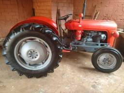 Vendo Trator Massey Ferguson x 35