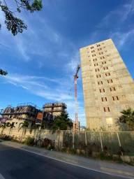 Apartamento em Caxias - com Varanda - Garagem Coberta - 2 Qrtos