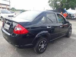 Fiesta sedan 1.6 09/09 barbada Só 13.000 reias - 2009