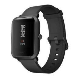 Smartwatch Amazfit Bip Ligação/Redes Sociais com Bluetooth/GPS Wifi - Preto Novo