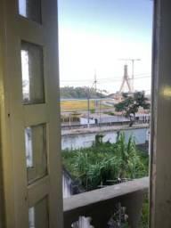 Apto com duas suites, sala e cozinha com uma vaga de garagem permanente em Ilheus (BA)