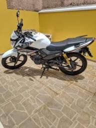 Moto YAMAHA YS 150 FAZER - 2017
