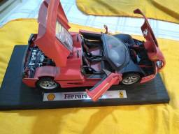 Miniatura Ferrari F50 (Maisto)
