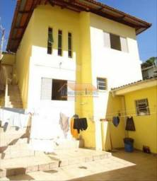 Título do anúncio: Casa no Bairro Sagrada Família com 02 pavimentos e 01 vaga de garagem coberta: