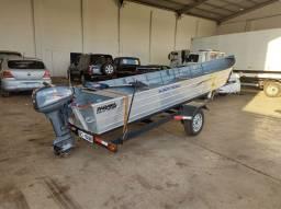 Barco motor carreta