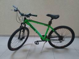 Bicicleta bike de alumínio aro 26 e freio a disco
